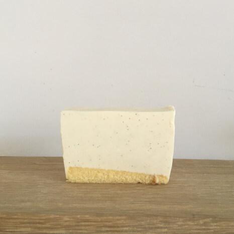 バニラ風味のレアチーズ